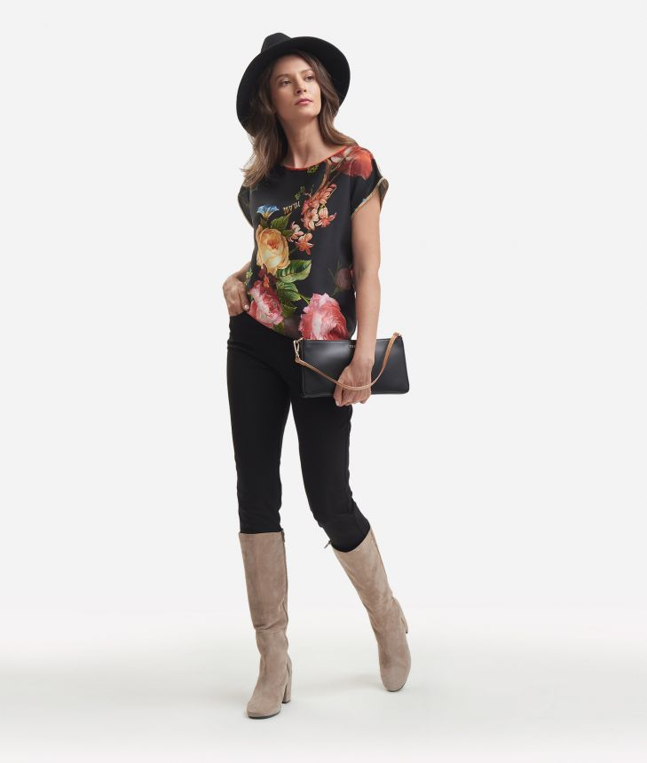 Twill basic top with baroque flower print Black,front