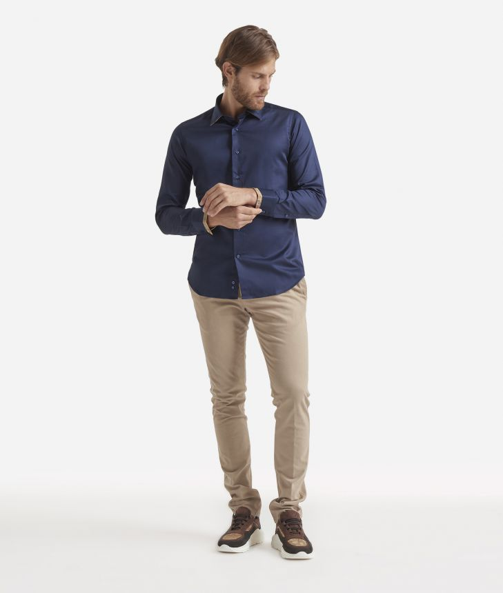 Slim fit shirt in pure cotton Blue,front