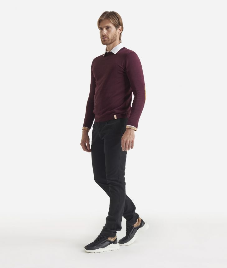 Crewneck wool sweater with Geo Classic patches Bordeaux,front