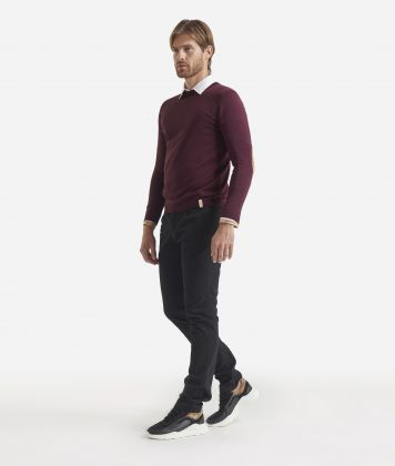 Crewneck wool sweater with Geo Classic patches Bordeaux