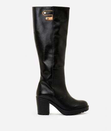Leather boots with buckles Black