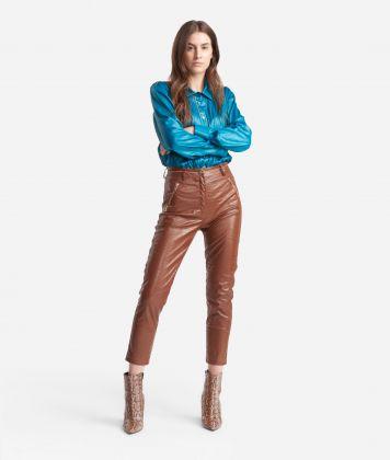 Pantalone slim fit in ecopelle stampa cocco Marrone