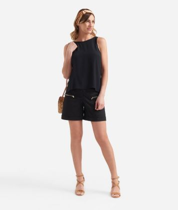 Top with u-neck on the back in crepe de chine Black