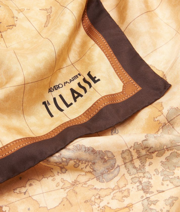 Geo Classic print foulard 70 x 70 Brown