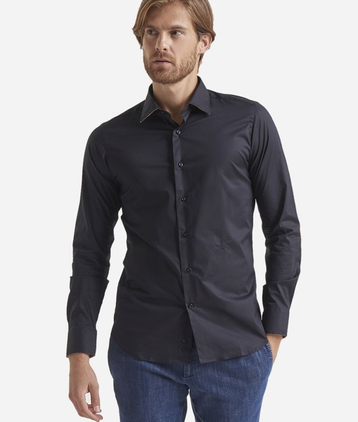 Slim-fit shirt with Geo Classic patches Black