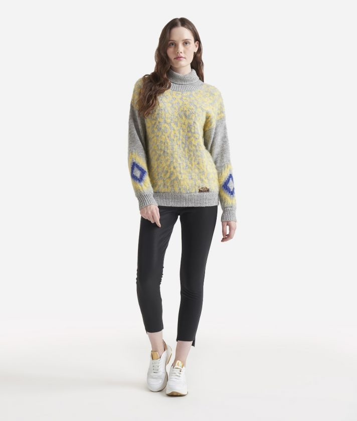 Jacquard pattern turtleneck sweater