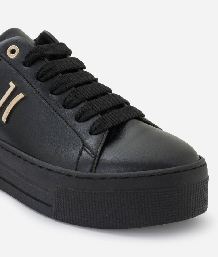 Sneaker in eco-leather Black
