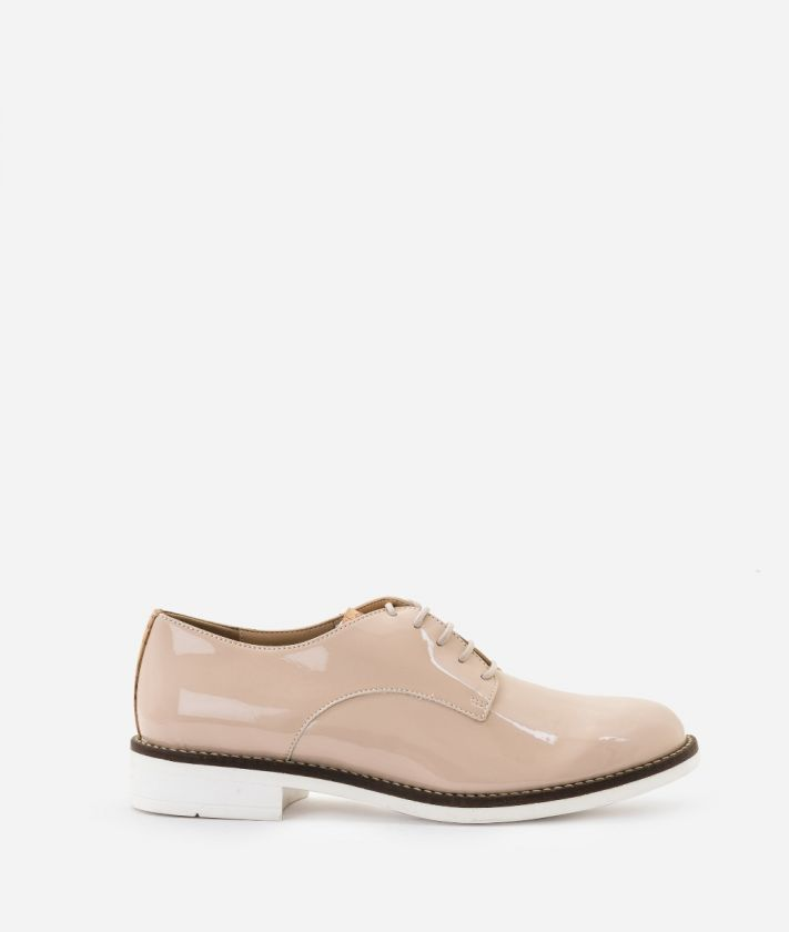 Derby in eco-patent fabric Nude