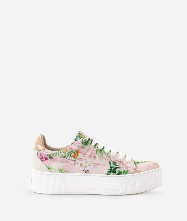 Sneaker in Oasis print fabric