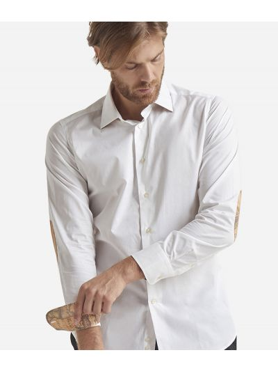 Slim-fit shirt with Geo Classic patches