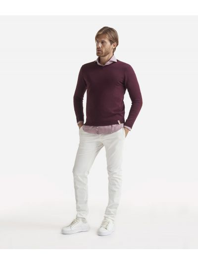 V-neck wool sweater with Geo Classic patches Bordeaux