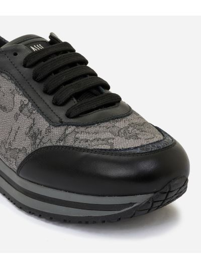New Geo Crossing in Geo Dark fabric Dark Grey