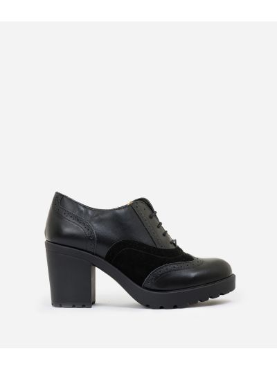 Leather heeled derby with studs Black