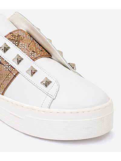 Leather slip-on with studs White