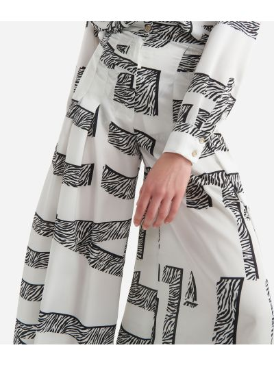 Twill wide pants with Maxi Lettering print White and Black