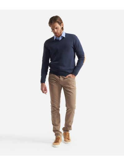 V-neck sweater with Geo Classic patches Blue